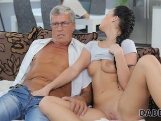 Fucks Papa Mädchen Anal Söhne Free Daddy
