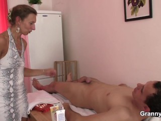 Hairy old pussy mature masseuse pleases client
