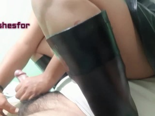 fetishwife Mistress dancing on me, chestsitting & handjob with cum, in leather boots & skirt