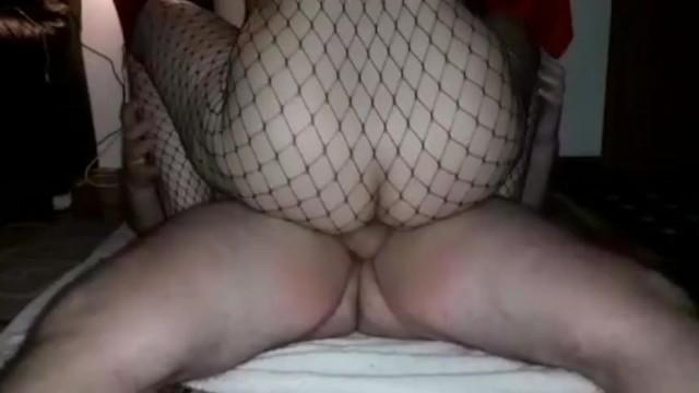 Asa se fute o studenta in timp ce geme calare pe pula groasa de filme porno 4