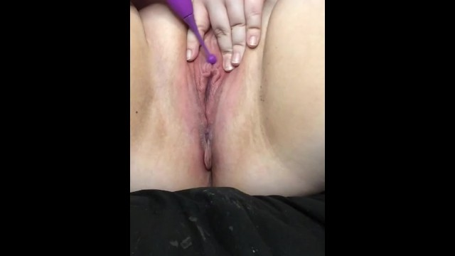 Pulsating clit orgasm with my new toy 1
