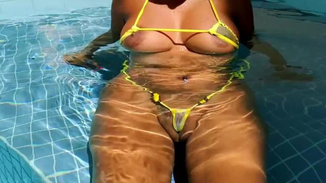 Micro bikini porn