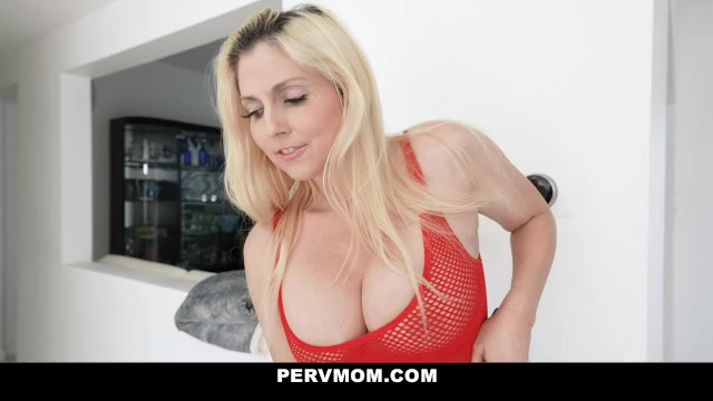 stepson-stepmom Game Traditions With Gorgeous Busty Milf Christie Stevens