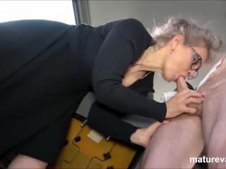 Wants young cock at maturevan...