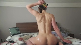 Dutch slut pours oil into her pussy and ass on live stream