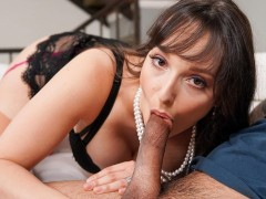 Stepmom Goes Down On Stepson In Front Of Me !! - MommyBlowsBest