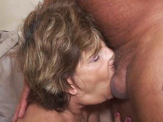 deepthroat with very old mom