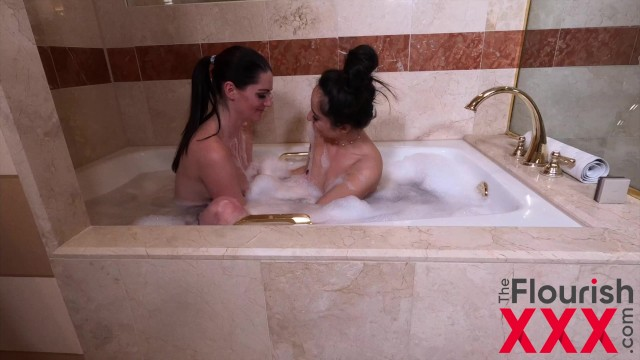 Aria Khaide and Isabella Nice in College Sweethearts Reunite in Vegas 2