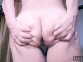 Mature bbw Latina woman masturbating my very hairy pussy