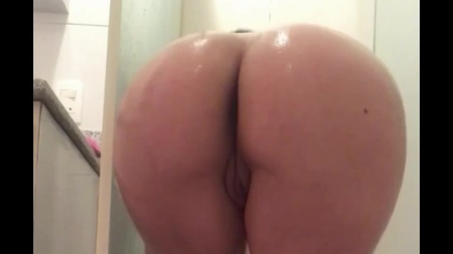 big booty latina shower