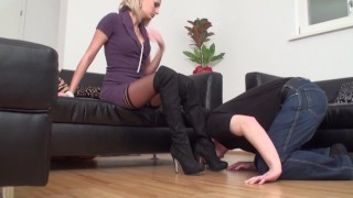 foot slave of lady isa