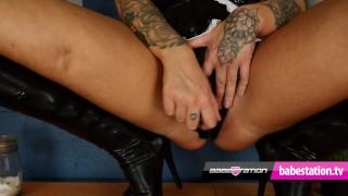 Maddison Lee - Big ass, huge natural tits, 2 dildos