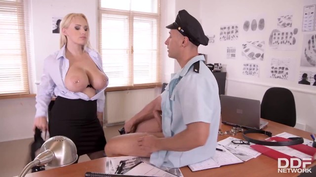 Police Deputy Reports for Duty in Voluptuous Angel Wicky's Pussy & Ass