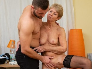 MATURE4K Woman is old but still wants to fuck so boss stepson helps her