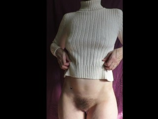 Cummybush poking through reveal pawg bobbies nips...