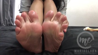 Schoolgirl's Tired and Smelly Feet Gets An Oil Massage - Foot Fetish