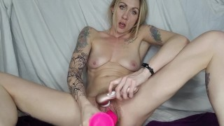 8 inch dildo pounds this juicy milf pussy until she squirts *teaser* ONLYFANS LINK IN BIO