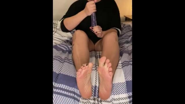 Feetworship JOI 12