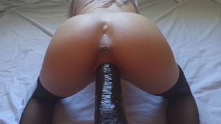 Screen Capture of Video Titled: Hot Girl with Perfect Ass can´t Stop Shaking While Cumming -4K