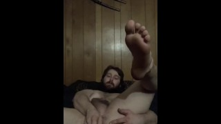 Just a casual masturbation session, fuck myself with a dildo and cum without meaning to!