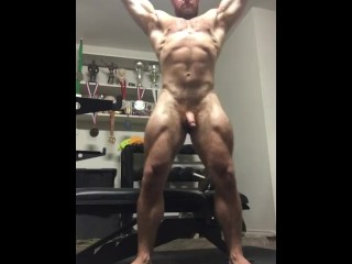 Naked onlyfansbeefbeast musclebear cock...
