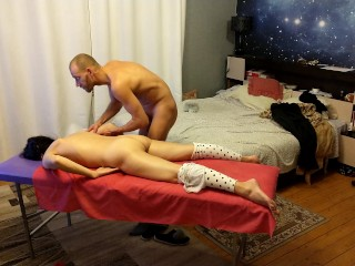 Brunette warms up before sex...