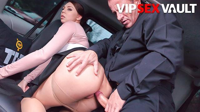 FuckedInTraffic - Morgan Rodriguez Young Czech Slut Quick Fuck With Her Driver - VIPSEXVAULT