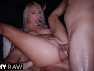 TUHSYRAW One cock isn't enough for DP-loving blondie