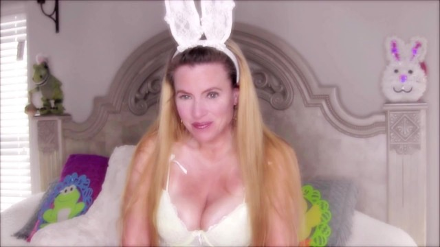 Sexy Bunny Nikki Wants To Wish You A Happy Easter! 6