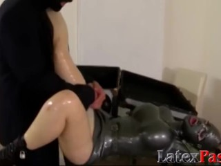Busty babe in full latex suit facialized after pussy fucking