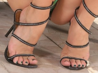 ALETTA OCEAN {FEET-TRIBUTE} {CLOSE-UP's} {COMPILATION} {HD}