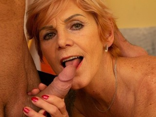 MATURE4K Mature flapper greedily sucks and makes it vaginally with guy