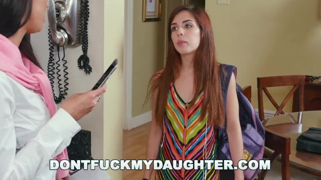 DONT FUCK MY DAUGHTER - Stepmom Rachel Starr Gives Sally Squirt Some Helpful Encouragement 15