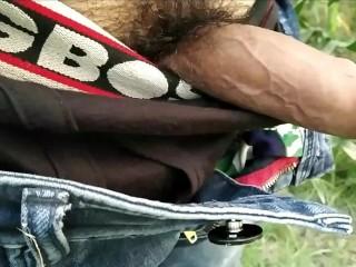 Cumshot outdoor handjob...