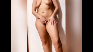 Video to my boyfriend to convince him come fuck my pussy and ass- مغربية تصور نفسها لصاحبها الخليجي