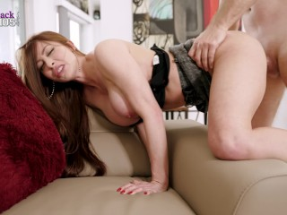 I Fuck My Stuck Big Tit Step Mom and Give her a Huge Facial – Brianna Rose