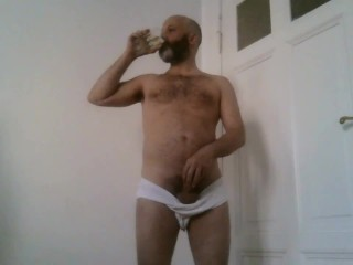 1ncandenza pisses gulps down his piss twice...
