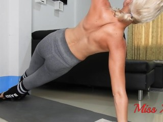 Hd sweaty topless plank session in grey preview...