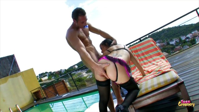 Model Gets Her Tight Ass Deep Penetrated By A White Dick 2