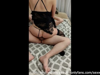 Hotwife facesitting on a friend's and saddled his cock until he cum inside her in front of husband