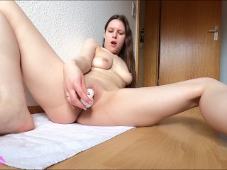 Tight pussy with new sextoy until orgasm...