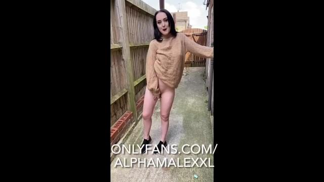 Blowjobw In The Garden AlphaMaleXXL and Ellie Louise 5