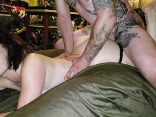 Big butt pawg plays with neighbors husband...
