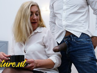 Hairy mature wife only fucks men...