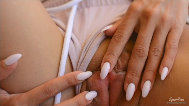 Tanned petite beauty fucked by stranger in hotel - Squir7een