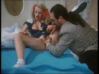 Rossana Doll porno vintage con grosso cazzo.