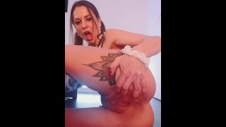 Sexy horny MILF fingers herself and fucks herself raw with a dildo | CAM4