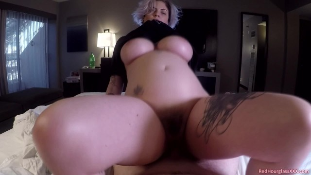 A quick morning fuck with busty goddess Ava Minx in my hotel room before checkout