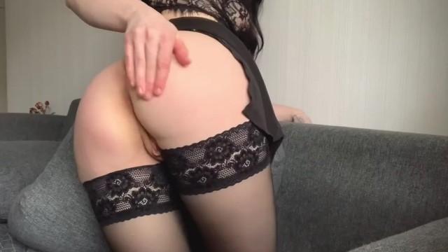 Hot ass fingering 2