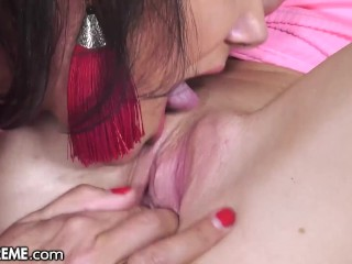 21Sextreme Sexy Lylyta Yung Wants To Help Mature Lesbian Orgasm With Hard Pussy Fingering